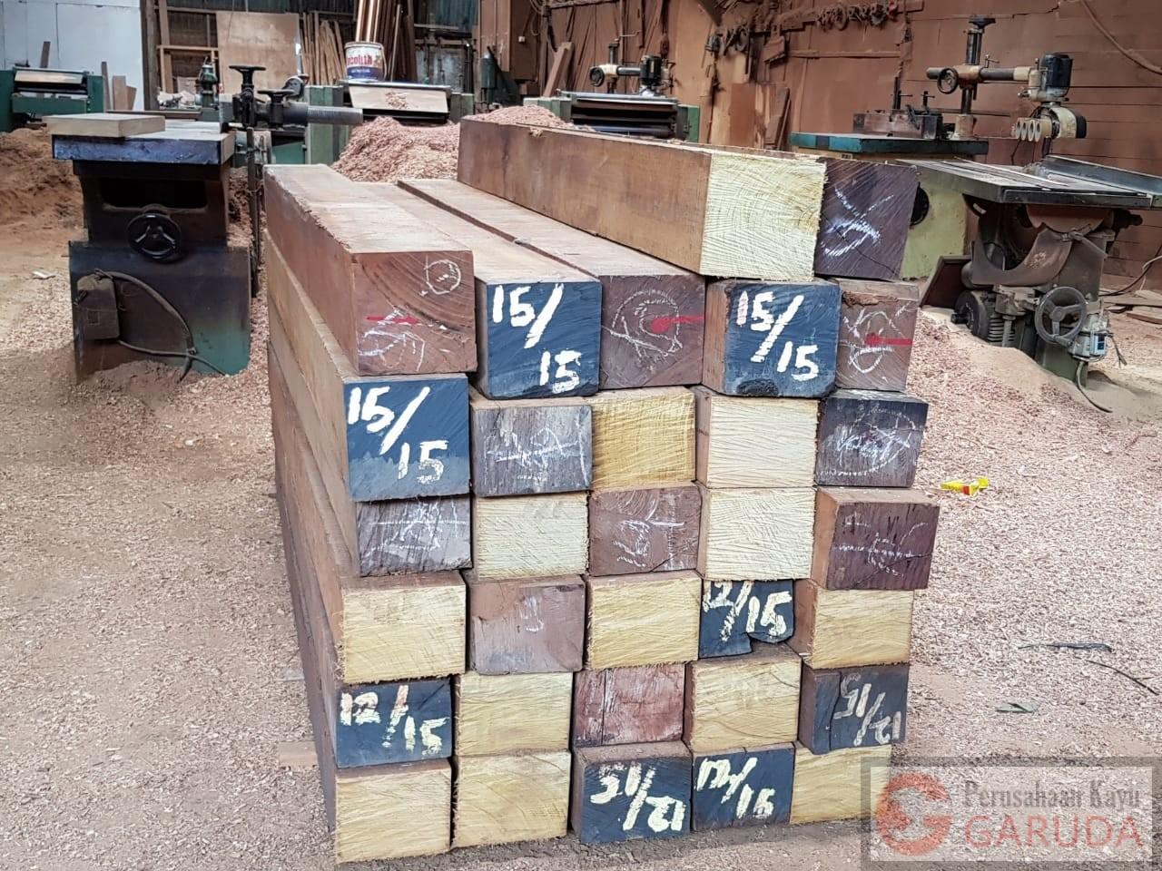 Jasa pengolahan kayu