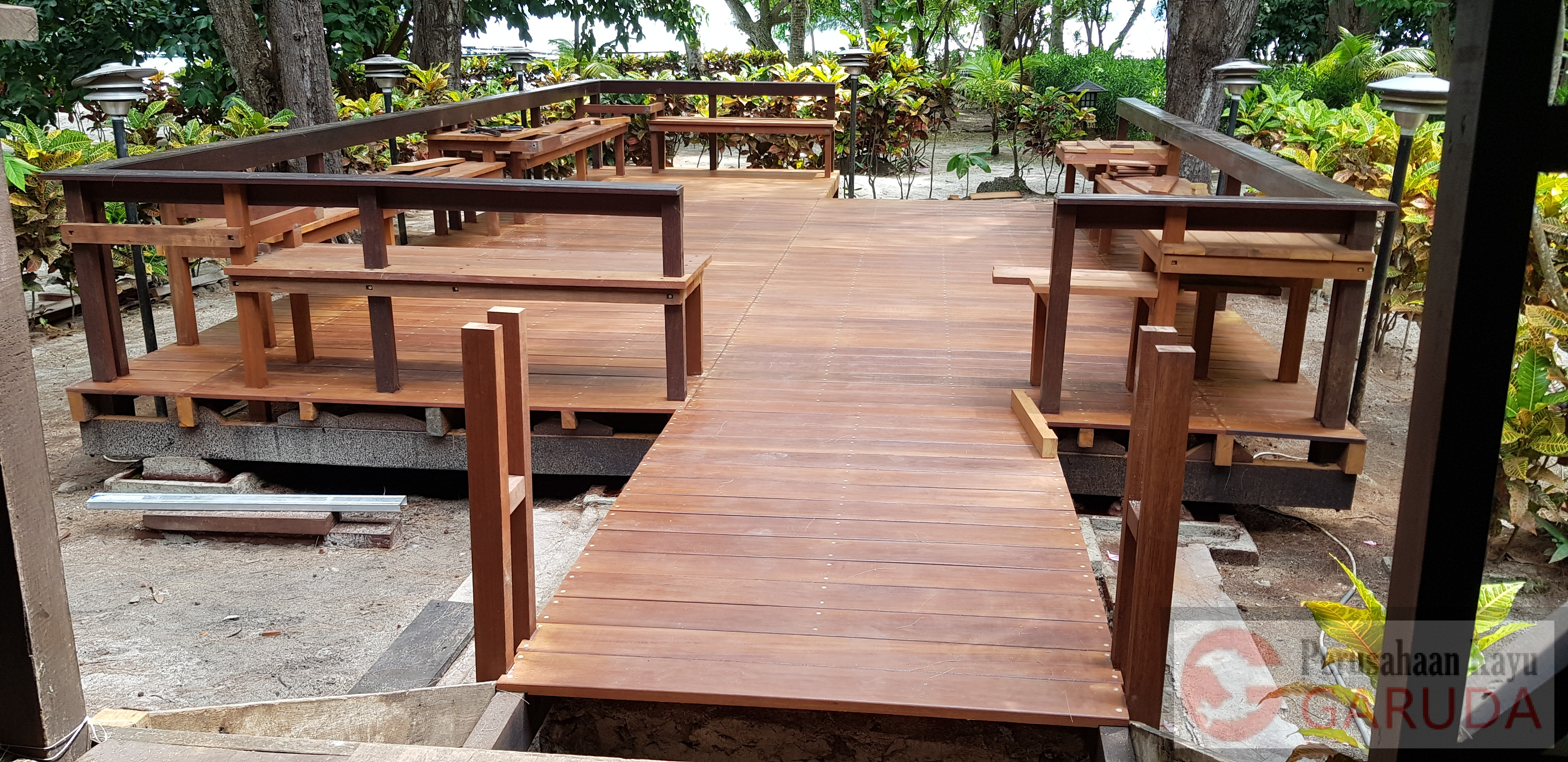 Decking-Kayu-Ulin-1